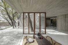 Han WenQiang and the Chinese architects of Archstudio have designed a Buddhist temple in the city of Tangshan on the Tanghe River