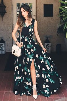Whether you're walking in Memphis, or strolling through the French Quarter, let it be in the Magnolia Blooms Black Floral Print Maxi Dress! Black woven poly has a charming ivory, green, and golden yellow floral print over a sleeveless, surplice bodice with modesty snap. Elastic waist (with tying sash belt) tops the maxi skirt with front and side slits. As Seen On Flavia of Fashion Coolture blog!