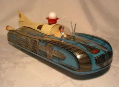 HOLDAUTO Space Rocket Robot Car Tin Toy 1960's