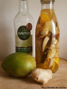 2 rhums arrangés en ce début d'année; rhum à la mangue, gingembre, noix de coco et litchi et rhum aux fruits de la passion