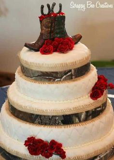 Country cowboy boots wedding cake