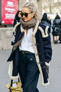 Street Spy: Fashion Week Style – Shala Monroque Street Spy: Fashion Week Style Tommy Ton Shoots the Best Street Style at the Fall Shows 50 Style, Mode Style, Mature Fashion, Fashion Mode, Fashion Over 50, Style Fashion, Fashion Trends, Fashion Outfits, Korean Fashion