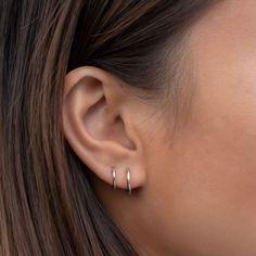 Ear Jewelry, Cute Jewelry, Jewelery, Pretty Ear Piercings, Double Ear Piercings, 14k White Gold Earrings, Tiny Gold Hoop Earrings, Cute Stud Earrings, Dainty Earrings