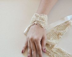 Pearl Wedding Cuff, Bridal Lace and Pearl Cuff, Wedding Jewellery for Brides, Wedding Accessories, Wedding Bracelet, Vintage Style Cuff Wedding Jewelry For Bride, Wedding Belts, Wedding Jewellery Gifts, Bridal Jewelry, Wedding Ceremony, Wedding Bracelets, Cuff Jewelry, Wedding Veil, Bridal Lace
