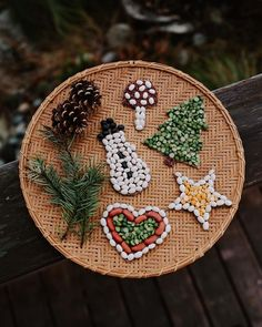 Lacy Arrowsmith (@lacy.arrowsmith) • Instagram photos and videos Merry Little Christmas, Christmas Diy, Christmas Decorations, Christmas Ornaments, Spring Crafts, Holiday Crafts, Holiday Decor, Joint Birthday Parties, Birthday Photography