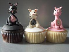 3 Cat Cupcakes
