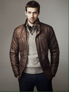 Maybe every time he wears Him, such a stylish leather jacket will remember you . - Maybe you can give her such a stylish leather jacket that she will remember you whenever she wears - Smart Casual, Men Casual, Brown Leather Bomber Jacket, Brown Jacket, Men's Leather Jackets, Cargo Jacket, Leather Jacket Outfits, Bomber Jacket Men, Herren Outfit