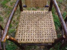 Model cadira cordada. (2 passades llargues, 1 curta, 2 llargues, 1 curta....)