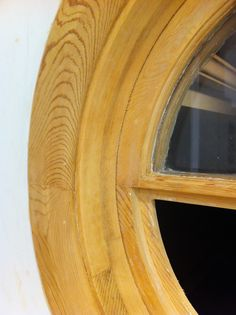 Close up of the Windows's pine