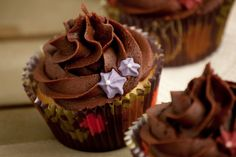Cupcakes are my new love: Más cupcakes de chocolate con dulce de leche