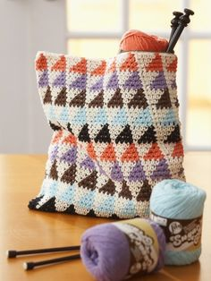 Totally Triangles Multi-Use Bags | Yarn | Free Knitting Patterns | Crochet Patterns | Yarnspirations