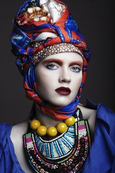 17 Super Ideas For Hat Fashion Photography Alexander Mcqueen Ethnic Fashion, Colorful Fashion, African Fashion, Colorful Makeup, Trendy Fashion, High Fashion, Turbans, Foto Fashion, Fashion Art