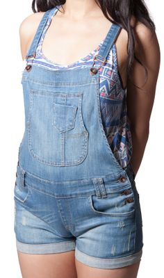 Must-have Pale Wash #DungareeShorts are Music Festival staples this year!! #festivalfashion  #festivalwear    #shortalls  #dungarees