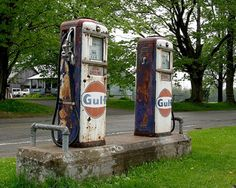 Old Gas Stations | Flickr - Photo Sharing!