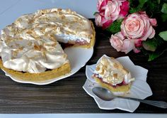 Kruche ciasto z bezą i rabarbarem - Blog z apetytem Camembert Cheese, Pancakes, Pudding, Pie, Baking, Breakfast, Blog, Drink, Recipies