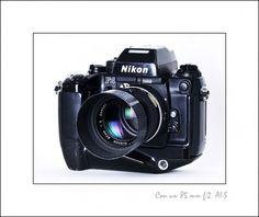 Mi última cámara analógica, Nikon F4 montando un Nikkor 85 mm f:2 AI-S
