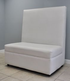 Flat back love seat, simple and chic     http://hitchedeventsflorida.com/rental-products/contemporary-lounge-furniture/flat-highback-double/