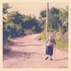 #romania #old #walk #village #grandma @oanadory Vintage Photographs, Romania, History, Country, Children, Places, Instagram, Young Children, Historia