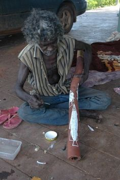 "First true master I've ever met Johnny Ashley ""bumbo man"" he taught me yidaki playing making finding and life Aboriginal History, Aboriginal Culture, Aboriginal Art, Australian Aboriginals, Didgeridoo, Indigenous Art, Drums, Magic, People"