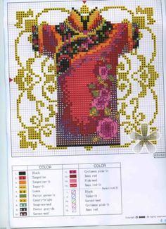 0 point de croix kimono rouge avec des roses - cross stitch red kimono with red roses