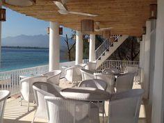 Gili Meno. Colonial splendour. Tropical Beach Houses, Colonial, Pergola, Outdoor Structures, Tropical Houses, Outdoor Pergola