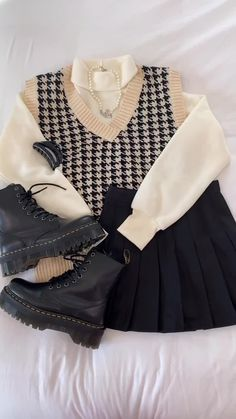 Kpop Fashion Outfits, Korean Outfits, Retro Outfits, Cute Casual Outfits, Vintage Outfits, Korean Girl Fashion, Look Fashion, Cute Fashion, Trendy Fashion