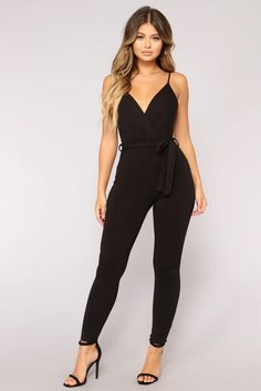 Classy Outfits, Trendy Outfits, Cute Outfits, Fashion Outfits, Date Night Outfit Classy, Fashion Belts, Fashion Clothes, Black Girl Fashion, Look Fashion