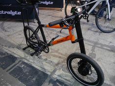 Exklusiv: Electrolyte zeigt Kompakt-E-Bike zum zusammenlegen (Video) - http://www.ebike-news.de/exklusiv-electrolyte-zeigt-kompakt-e-bike-zum-zusammenlegen/6886/