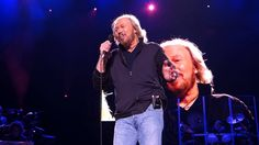 Barry Gibb - Bee Gees - WORDS Live @ Nikon at Jones Beach 23.5.2014