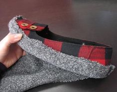 make boots from flats and old sweater, i am SOOOOO trying this!!