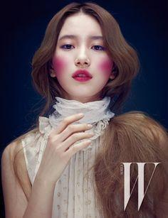 Suzy // W Korea