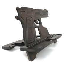 Wood docking station iPhone, cool gifts for guys. Best Gifts For Men, Cool Gifts, Gifts For Him, Military Style, Military Fashion, New Job Gift, Iphone Holder, Gifts For My Boyfriend, 2nd Amendment