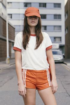 Sporty Outfits : Description Counselor Off Duty – CAMP Collection Sport Style, Sport Chic, Sport Girl, Sport Sport, 70s Fashion, Sport Fashion, Look Fashion, Vintage Fashion, Zara Kids