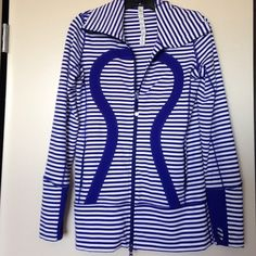 %Authentic LULULEMON blue & white stripe jacket %Authentic LULULEMON blue & white stripe jacket size 6. Excellent pre loved condition, I hardly wore this and it's a rare pattern! Fits long enough to cover your tush!  ⛔️NO TRADES OR PAYPAL⛔️NO LOWBALL OFFERS✨Willing to bundle so ask, ALL OFFERS DONE USING THE BUTTON ✨         REMEMBER POSH TAKES 20%⚠️Ask all questions as sales are FINAL⚠️ lululemon athletica Jackets & Coats Utility Jackets