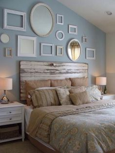 Headboard wall decoration can transform the look and feel of your bedroom. Headboards are a great way to tie your bed design in with the rest of your bedroom furniture. You can either buy a simple readymade one or you can DIY with what you have to ma Home Decor Bedroom, Decor, Bedroom Makeover, Bedroom Vintage, Vintage Bedroom Decor, Headboard From Old Door, Home, Bedroom Design, Home Decor
