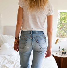 Hot Tip: Finding the Perfect Vintage Jeans Sexy Jeans, Jeans Levi's, Jeans Size, Vintage Jeans, Denim Fashion, Look Fashion, Levi 501s, Levi 501 Jeans, Blue Jean Outfits