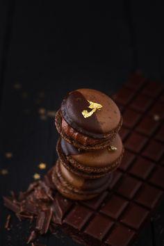 Des macarons au Chocolat très gourmands ...
