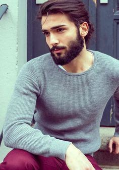 The personification of my type. Lol Hot Man Bun Hairstyles For Guys (30)