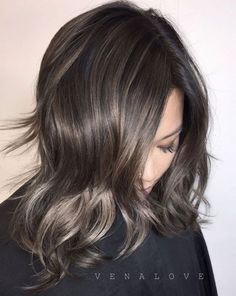 Medium Brunette Shag