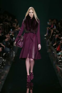 ELIE SAAB Ready-to-Wear Fall Winter 2014-2015. Hope that's not real fur though!