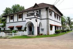 Kimansion, Kochi is a charming little hotel set in a somnolent quarter of the town. More than a century old, the house has character in every corner of its spacious interiors.