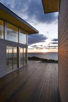 Eco-modern beach house on Cape Cod