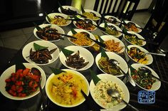 Rice, curry and beyond Le Sri Lanka, Rue, Voici, Restaurants, Curry, Coconut, Cooking Recipes, Travel, Curries