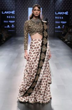 Tired of wearing the lehenga in the same old-fashioned way? SVA by Sonam & Paras Modi show us 7 brand new Wedding Outfit Style that are truly amazing ! Indian Fashion Trends, Indian Designer Outfits, Designer Dresses, Saree Draping Styles, Saree Styles, Indian Dresses, Indian Outfits, Anarkali, Lehenga Choli