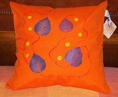 Haus Dekoration. Pillow Cover Orange. von PaperArcsArt auf DaWanda.com