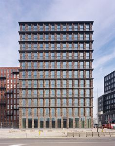 Office Winhov   Residential Tower De Loodsen, Amsterdam, The Netherlands, 2006  previously