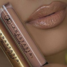 Nude with a touch of gold lip Anastasia Beverly Hills Undressed and Gilded lip glosses