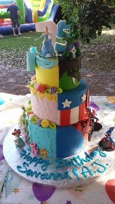 "princess superhero cake | MinaBakes's album ""Avatars"" — Photo 6 of 9"