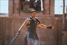 Russell Crowe as Maximus in Gladiator - 2000 Gladiator 2000, Gladiator Movie, Gladiator Maximus, Gladiator Quotes, Gladiator Workout, Gladiator Costumes, 10 Film, Tom Cruise, Mardi Gras