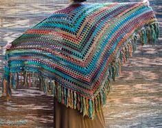 Feito à mão em crochet  120